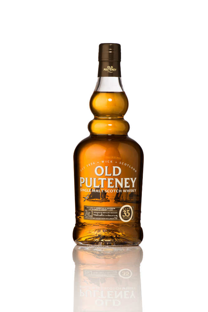 Old Pulteney Low Res Single Bottle Shot