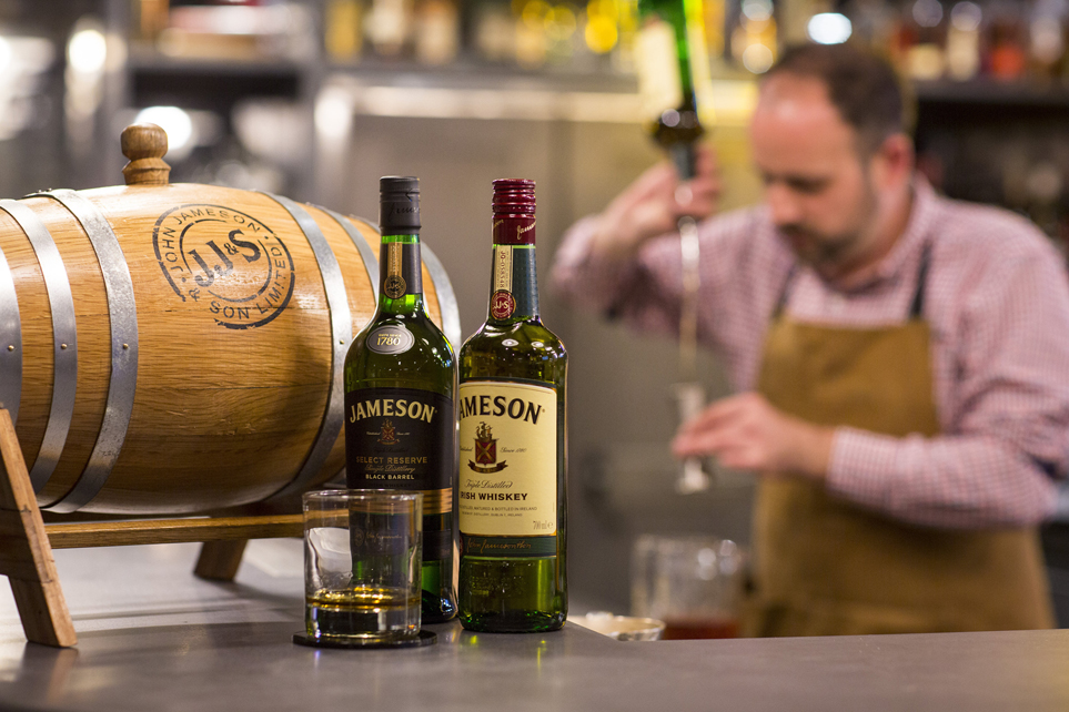 JAMESON IRISH WHISKEY LAUNCHES BARREL AGED COCKTAIL PROGRAMME FOR BARTENDERS (4)