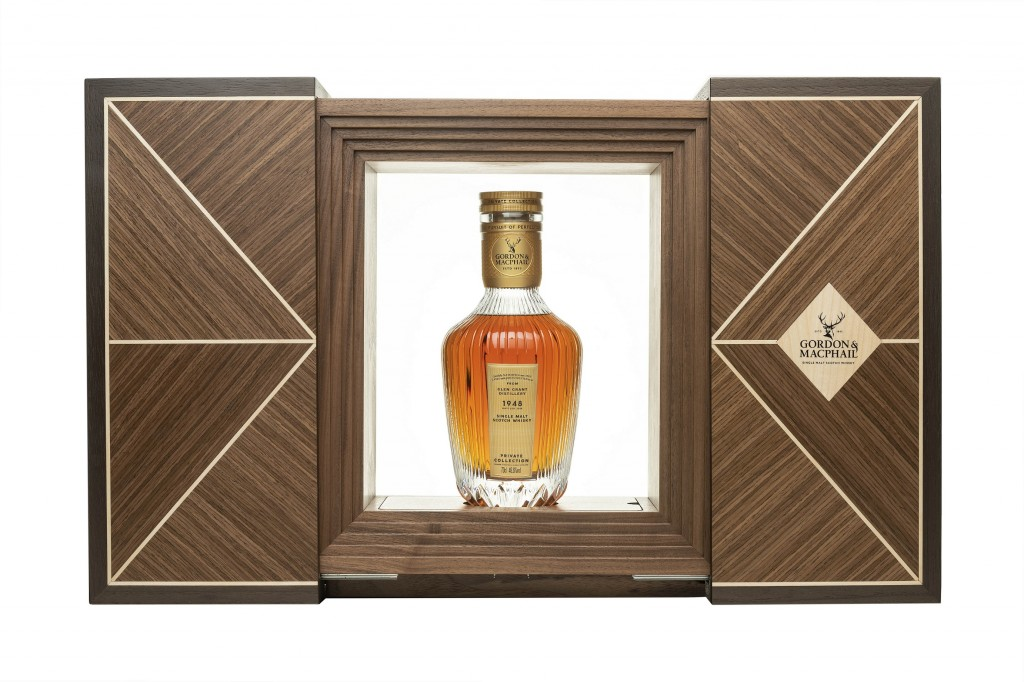 Gordon MacPhail 1948 from Glen Grant Distillery (Private Collection) Decanter and box (002)