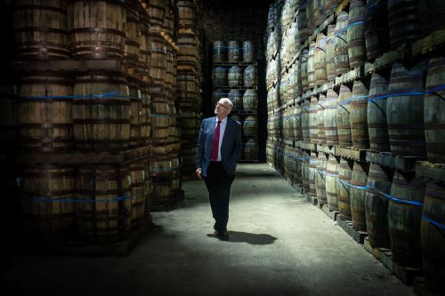 SML -MIKE RUSSELL VISIT TO GLEN SCOTIA DISTILLERY (1) (002)