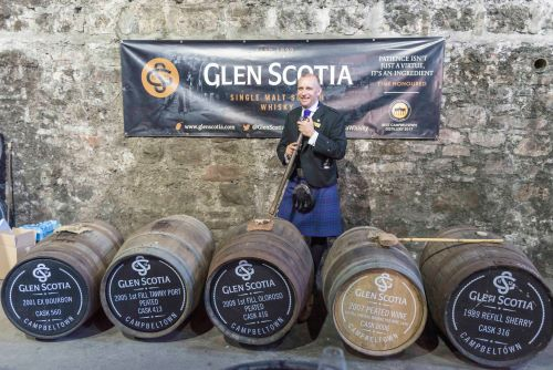 Glen Scotia Festival 2019 (2) -Iain McAlister Distillery Manager at Glen Scotia (002)